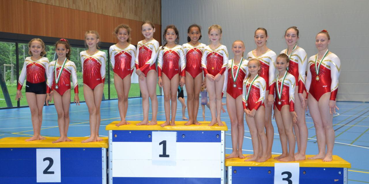 Artistique – Championnats Vaudois – Le titre de championne Vaudoise pour Géraldine!